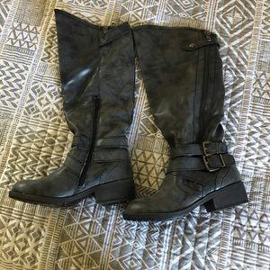 Gray knee high biker boots. Open to offers.